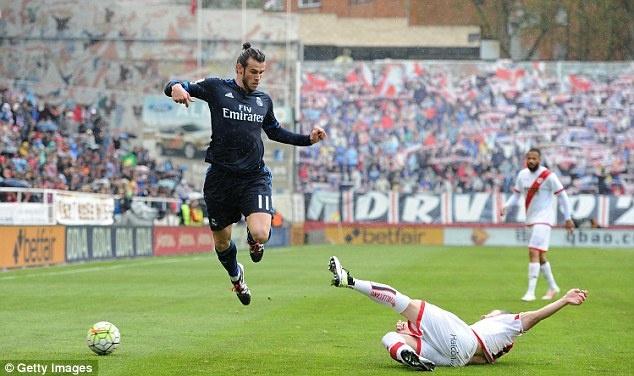 Man City can so Gareth Bale hon Ronaldo hinh anh 1