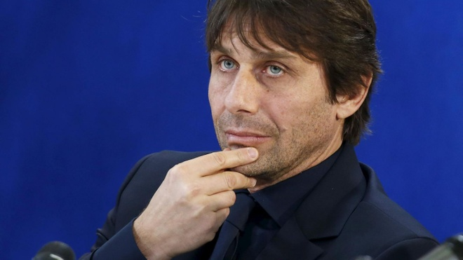 HLV Antonio Conte thoat vong lao ly hinh anh