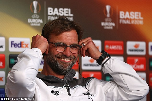 Nen goi Jurgen Klopp la huyen thoai Liverpool? hinh anh
