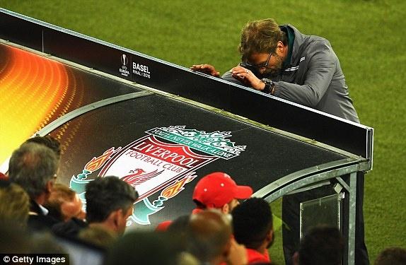 Liverpool, su tro treu cua so phan hinh anh
