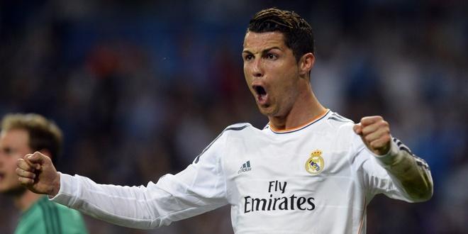 Ronaldo tro thanh ngoi sao so 1 tren mang xa hoi hinh anh