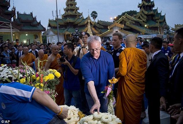 Cau thu Leicester thanh tam truoc Phat tren dat Myanmar hinh anh 6
