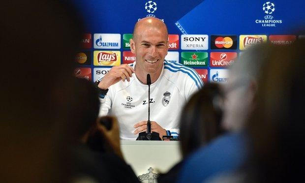 Real cua Zidane: Ba thang cu ngo 30 nam hinh anh 1