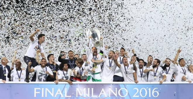 Real Madrid lay tron 'dat' cua bao chi the gioi hinh anh