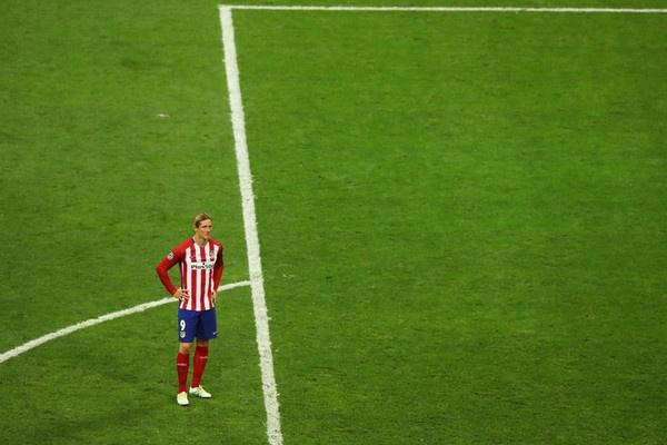 Ronaldo khong gioi hon Torres, ma vi Real qua cao gia hinh anh 2