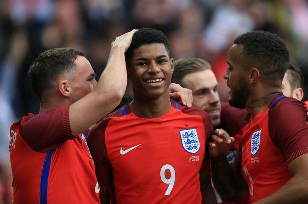 Marcus Rashford lay ve EURO 2016 cua Drinkwater va Townsend hinh anh