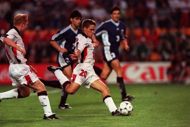 Khong phai Owen, Rashford la Ronaldo cua World Cup 94 hinh anh 3
