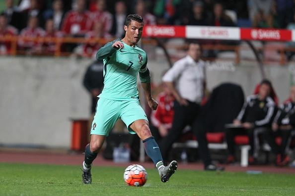 Top 5 ngoi sao EURO 2016: Ronaldo so 1, Milner xep tren Bale hinh anh 1