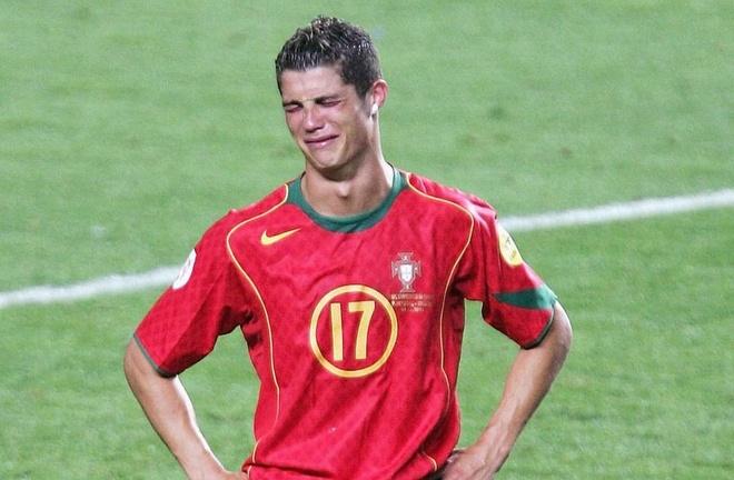 'Dung khoc nhe Ronaldo, Bo Dao Nha se bi loai som' hinh anh