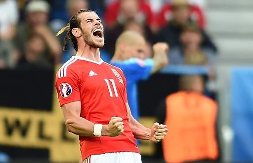 Fan vo mui vi 'Tomahawk' cua Gareth Bale hinh anh