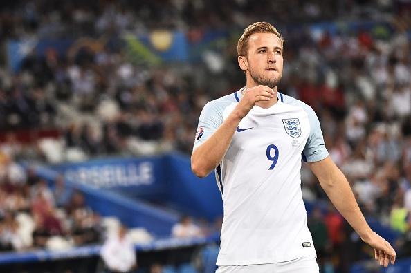 De Harry Kane lam Beckham, HLV Hodgson bi chi trich hinh anh