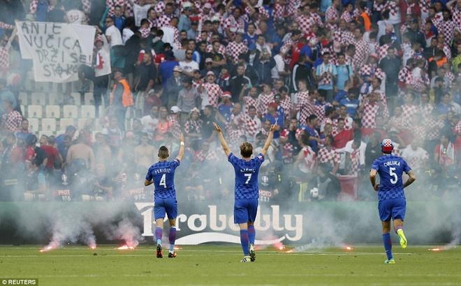 Rakitic so Croatia bi UEFA loai khoi Euro 2016 hinh anh 2
