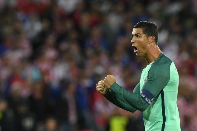 Ronaldo loe sang sau 117 phut vo nghia hinh anh