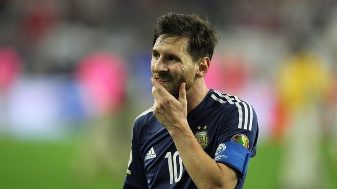 Messi gia tu su nghiep quoc te o tuyen Argentina hinh anh