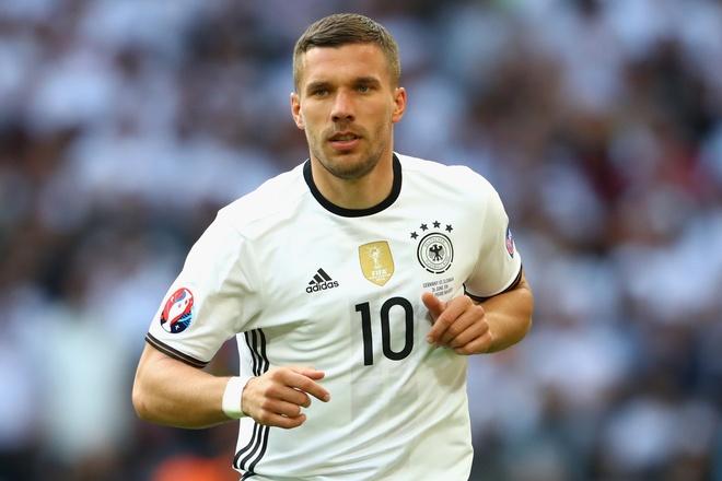 Podolski goi the thuc Euro 2016 la ngu xuan hinh anh