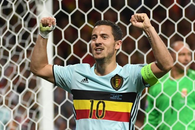 'Hazard co cung dang cap voi Messi va Ronaldo' hinh anh