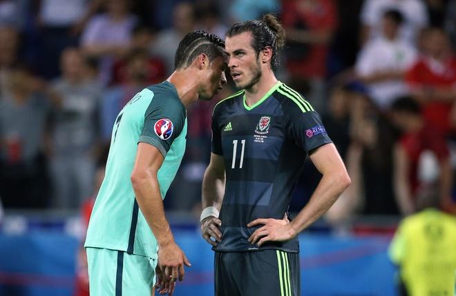 Ronaldo la 'bo gia', con Bale chi la gangster hinh anh 2