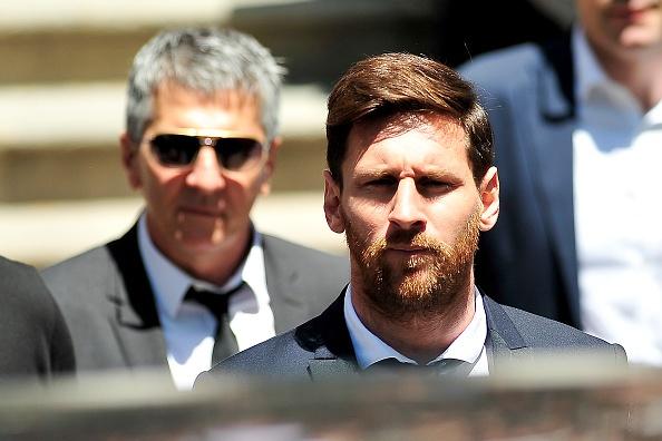 Messi roi Barca, La Liga dai loan hinh anh 1