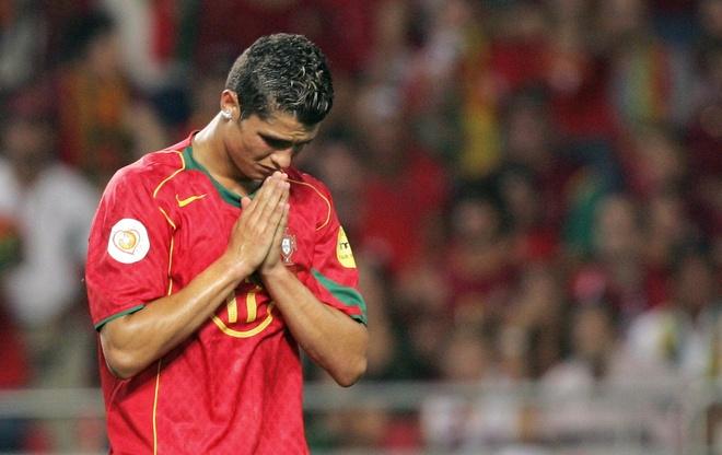 Gio Ronaldo la bong ma hien ve hinh anh 1