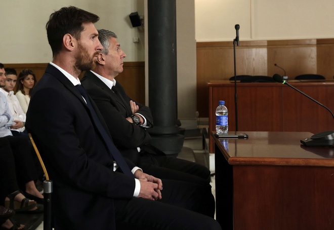 Messi roi Barca, La Liga dai loan hinh anh