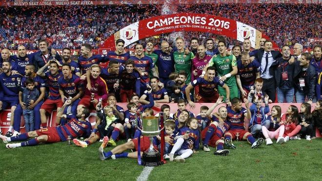 Barcelona sau 1 nam bau cu: Thanh cong hay that bai? hinh anh 2