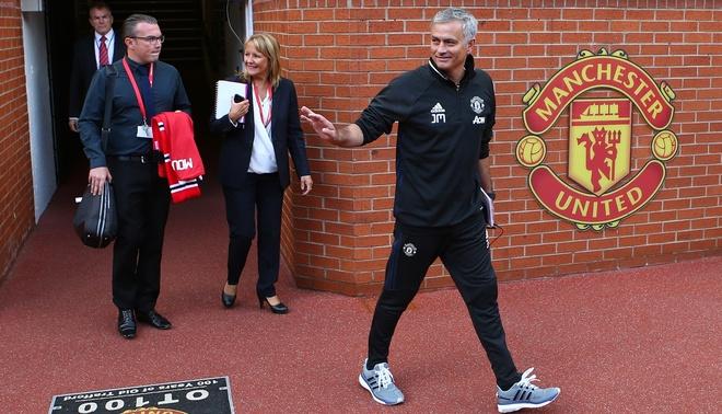 'Mourinho se tro thanh Alex Ferguson moi cua MU' hinh anh 1
