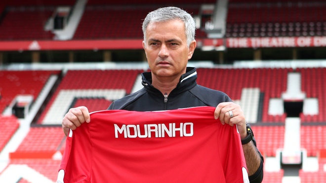 Mourinho dat muc tieu vo dich mua 2016/17 hinh anh 1