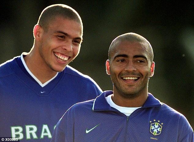 Tron 20 nam Barca chung kien Ronaldo huyen thoai ra doi hinh anh 8