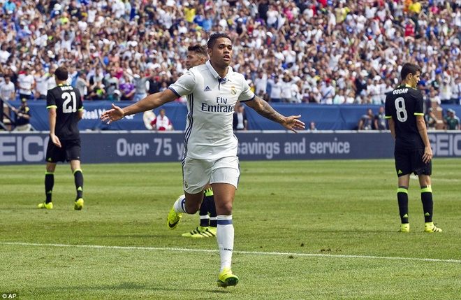 Marcelo toa sang, Real ha Chelsea tren dat My hinh anh 10