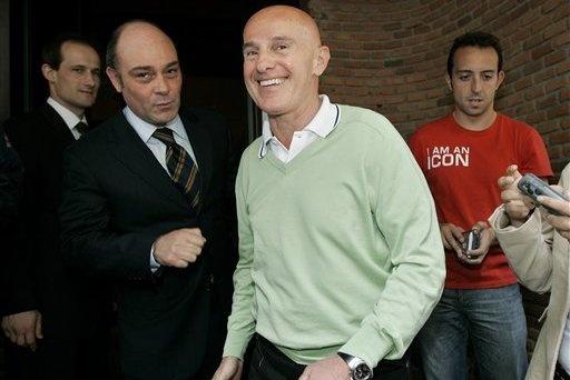 'Messi gioi hon Pele va Maradona' hinh anh 2