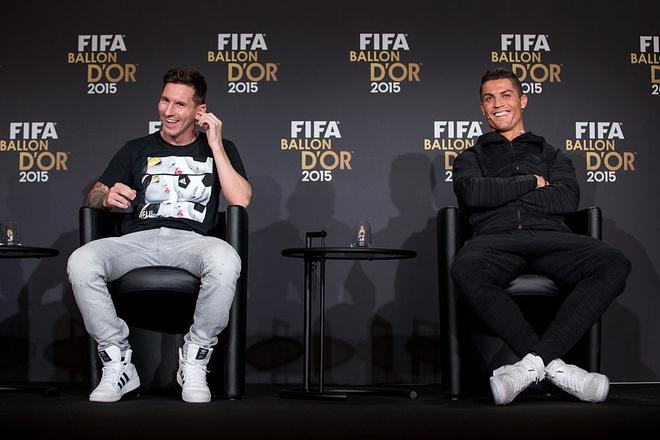 Messi van xep tren Ronaldo ve gia tri chuyen nhuong hinh anh 1