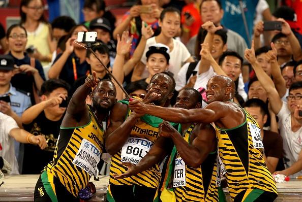 Con cuong selfie o lang Olympics hinh anh