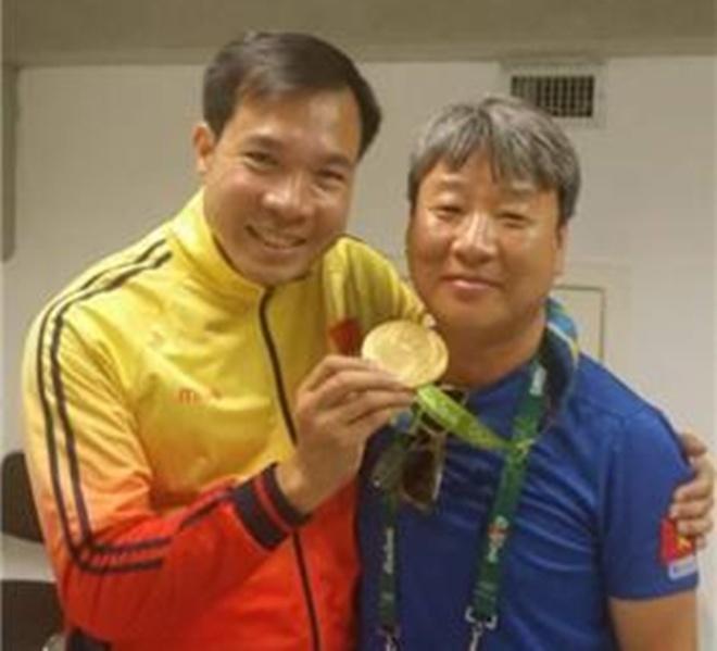 Bi mat dang sau chien tich lich su cua Hoang Xuan Vinh hinh anh 1