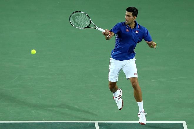 Djokovic khoc nuc no khi vo mong lay vang Olympic hinh anh 2
