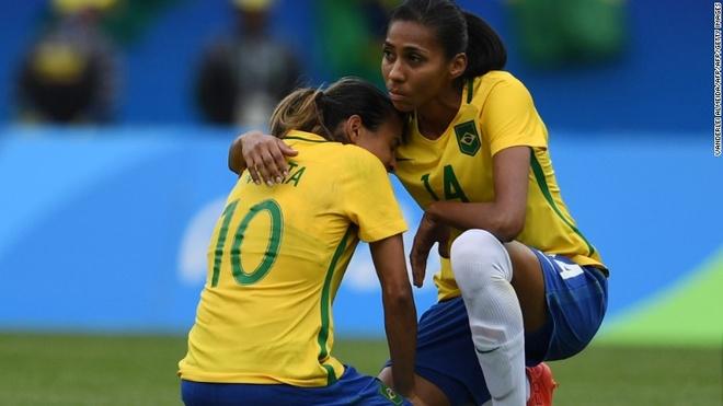 Brazil vo mong gianh HCV bong da nu hinh anh