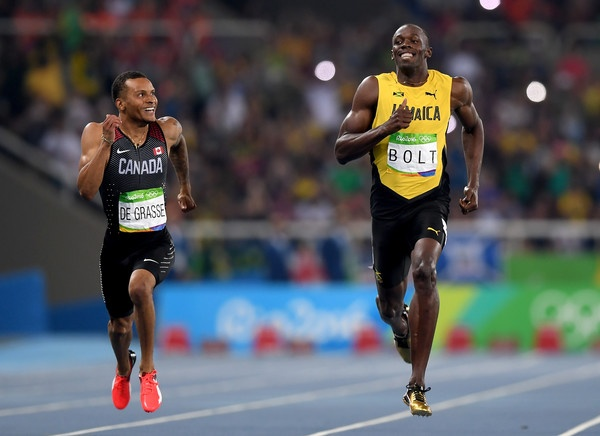 Usain Bolt chay 200 m anh 1