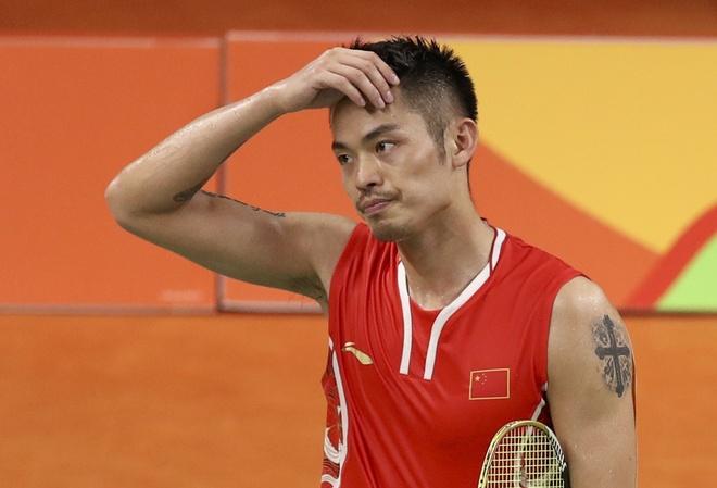 Tuong dai cau long Trung Quoc trang tay roi Olympic hinh anh