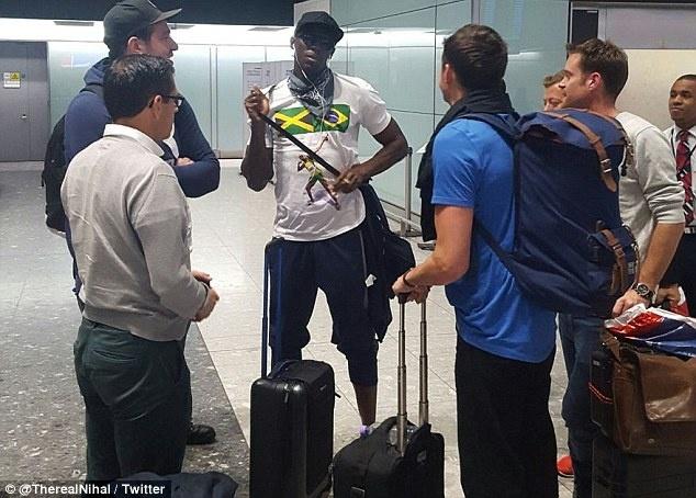 Sau Rio, Usain Bolt lai thac loan o London hinh anh 2