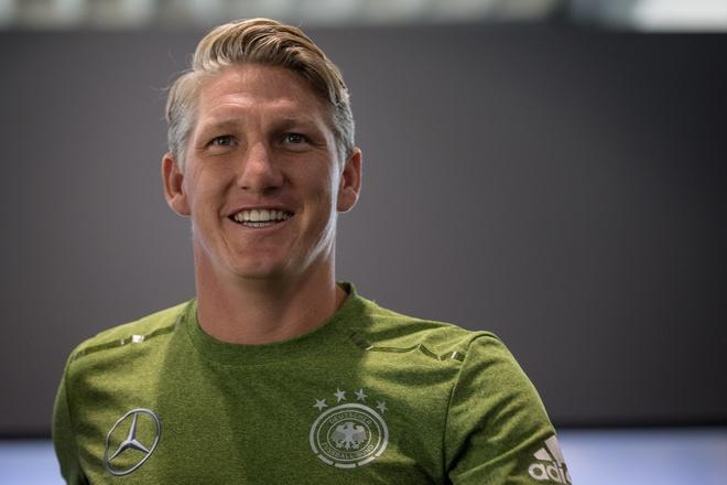Schweinsteiger tiet lo su that moi quan he voi Mourinho hinh anh