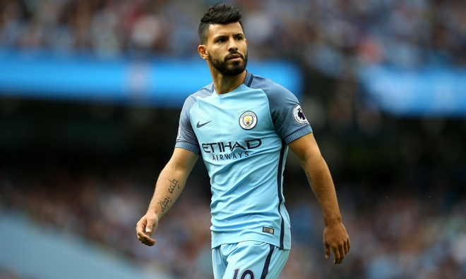 Man City mat trong phao truoc derby Manchester hinh anh