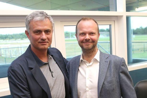 Mourinho da tai tao MU trong 100 ngay the nao? hinh anh 1