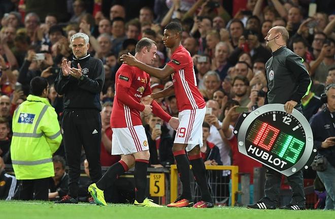 Rooney va Rashford, Mourinho chon ai? hinh anh 3