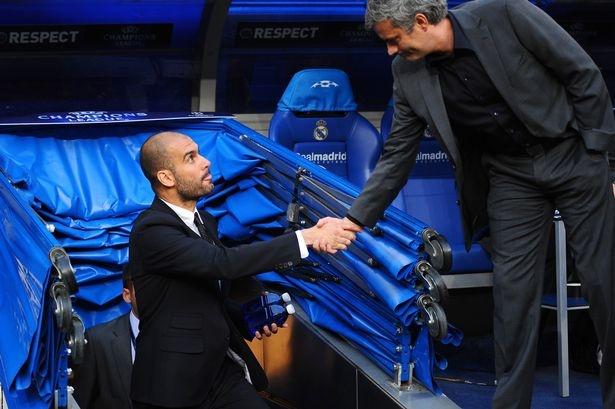 Rooney va Rashford, Mourinho chon ai? hinh anh 1
