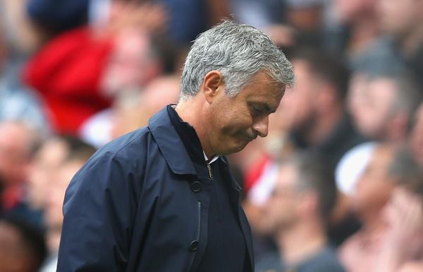 Mourinho chi thua Pep o 'nhung doi chan' hinh anh