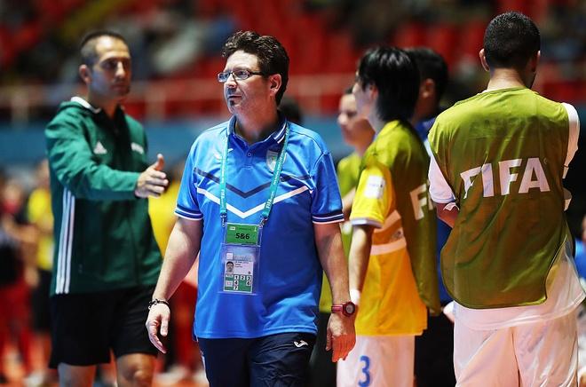 Nguoi Tay Ban Nha dau tri o World Cup futsal hinh anh 1