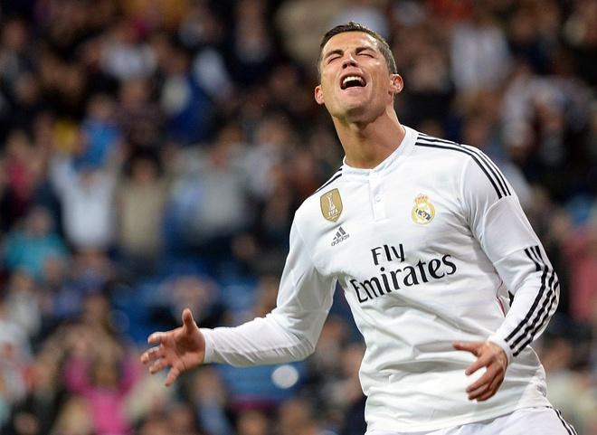 Real nin tho cho tin Ronaldo hinh anh