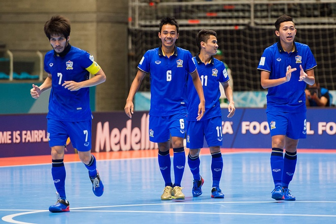 Thai Lan lot vao vong knock-out World Cup futsal hinh anh 2