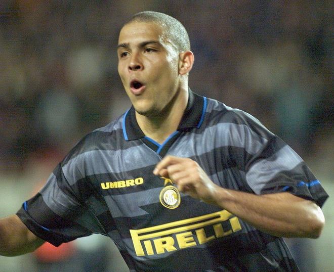 Ro 'beo' o Inter: Su nghiet nga mot thien tai hinh anh