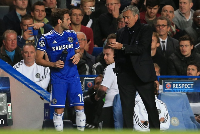 Mourinho: 'Toi se dam vo mat Wenger' hinh anh 2