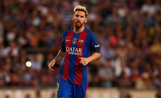Khi doi chan Messi bi xau xe du doi hinh anh